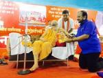 Presented Uday India to Puri Shankaracharya Swami Nischalanand Saraswati at Kumbh Mela Ujjain , Madhya Pradesh.