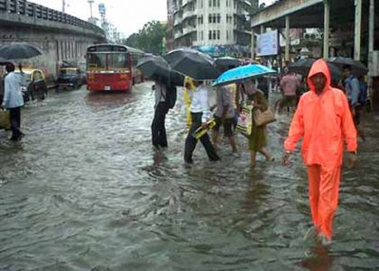 Life limping back to normal in Mumbai following heavy rains