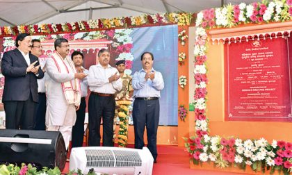 Dharmendra Pradhan launchs commencement of PNG supply in Bhubaneswar