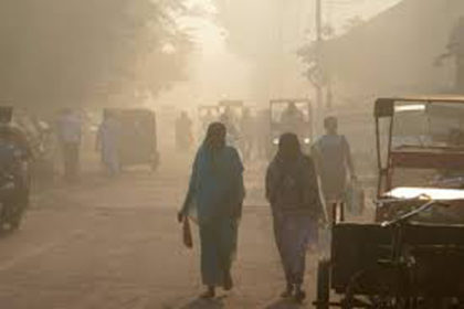 Delhi facing high pollution due to dust from Rajasthan